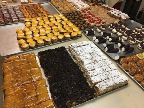 lavienesa.es - Surtido de pastelería mini - Panadería La Vienesa