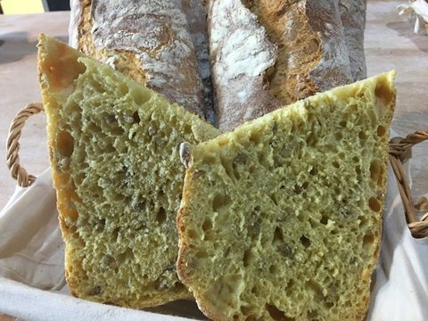 lavienesa.es - Chapata de maíz con pipas - Panadería La Vienesa