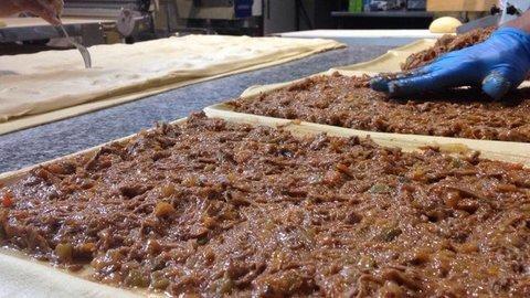 lavienesa.es - Empanada de carne guisada - Panadería La Vienesa