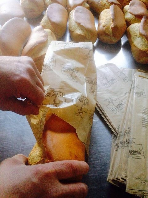 lavienesa.es - Bollo preñao - Panadería La Vienesa