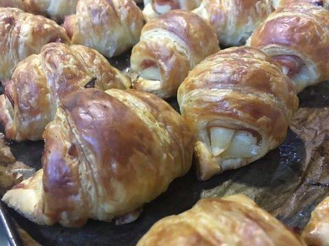 lavienesa.es - Croissants de jamón york y queso - Panadería La Vienesa